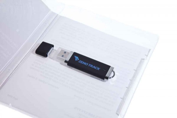 USB-Stick Verpackung im Blu-Ray Format